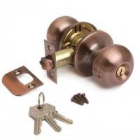 Ручка-шарик  цвет медь с ключом для межкомнатной двери